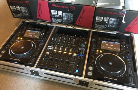 2x Pioneer CDJ-2000NXS2 +  1x DJM-900NXS2 mixer dla 2900EUR