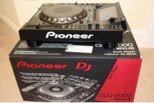 Na sprzedaż 2x Pioneer CDJ-2000 Nexus/ Pioneer DDJ-RZX / Pioneer CDJ-Tour1/ Pioneer XDJ-RX/ Numark Ns7 Iii